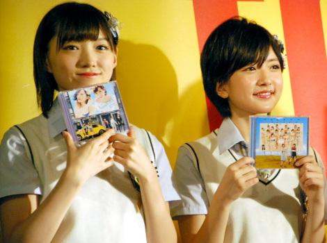 NMB48新曲「僕はいない」発売記念イベントに出演した(左から)太田夢莉、須藤凜々花 (C)ORICON NewS inc.