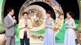 8月14日放送、テレビ東京系『夏祭り にっぽんの歌 2016』(左から)佐良直美、今陽子(C)テレビ東京