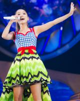夏らしい衣装で魅了した『Just LOVE Tour』初日公演