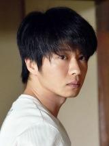 ドラマスペシャル 湊かなえサスペンス『望郷』「みかんの花」に出演する田中圭(C)テレビ東京