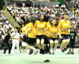 チームKII北野瑠華の靴が脱げたものの、奇跡的に縄が靴に引っかからずに回り続けた(C)AKS
