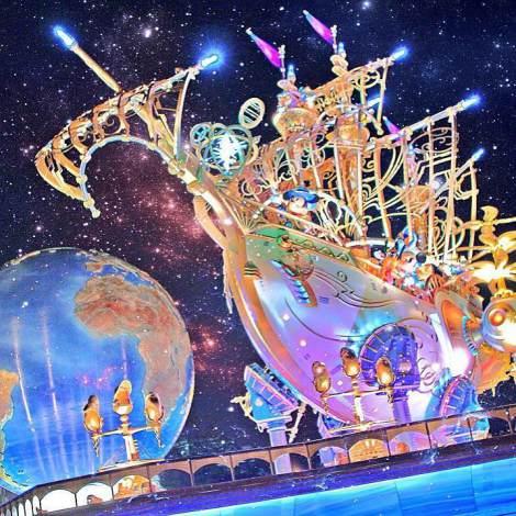 東京ディズニーリゾート公式Instagramで「いいね!」歴代3位を獲得したゲスト撮影の「The 15th Anniversary at Tokyo DisneySea has begun!」(約76,200いいね!/掲載日4月20日)(C)Disney