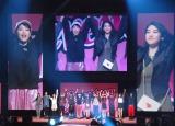 『Seventeen夏の学園祭 2016』に登場した広瀬すず&三吉彩花 (C)ORICON NewS inc.