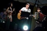 チャラン・ポ・ランタンのステージにMr.Children桜井和寿が登場