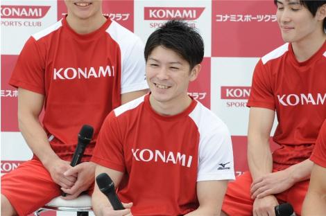リオ五輪で団体金メダルを獲得した日本男子体操チームの内村航平選手