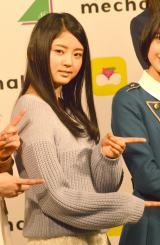 ファッションアイテムレンタルアプリ『mechakari』記者発表会に登壇した欅坂46・鈴本美愉