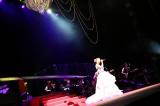全国ツアー『TOMOMI KAHARA CONCERT TOUR 2016〜君がそばで〜』東京公演で18曲を熱唱した華原朋美 撮影:HAJIME
