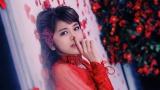 Flower新曲「他の誰かより悲しい恋をしただけ」MVより佐藤晴美