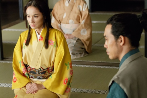 NHK大河ドラマ『真田丸』第35回より。真田についていくことを決心する稲(吉田羊)(C)NHK