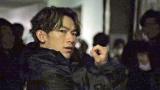 4月期にテレビ東京系で放送されたドラマ『ナイトヒーローNAOTO』メイキング場面カット(C)「ナイトヒーローNAOTO」製作委員会