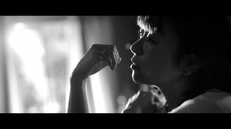 宇多田ヒカル「花束を君に」の新MVより