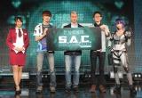 「攻殻機動隊 S.A.C. ONLINE プレスカンファレンス」に出席した(左から)渡辺順子、ダステルボックス氏、オーウェン・マホニー氏、ProjectManager 村下優、清瀬まち (C)oricon ME inc.