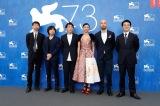(左から)貫井徳郎、向井康介、石川慶監督、満島ひかり、ピオトル・ニエミイスキ、加倉井誠人