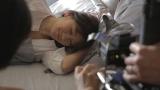 篠原涼子が出演するトリンプ『天使のブラ 極上の谷間』メイキングカット