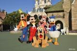 『30周年記念特別番組 MUSIC STATION ウルトラFES 2016』に出演するミッキーマウスとディズニーの仲間たち