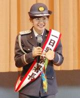 1日警察署長を努め、銅メダルを披露した福原愛 (C)ORICON NewS inc.