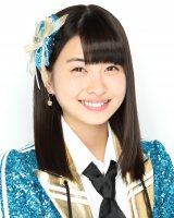 11月16日発売のAKB48の新曲の選抜メンバーに入った松岡はな(C)AKS