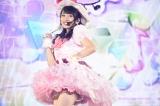 向井地美音はソロで「へたっぴウインク」を披露〜『AKB48グループ同時開催コンサートin横浜〜今年はランクインできました祝賀会〜』(C)AKS