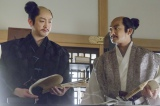 NHK大河ドラマ『真田丸』第16回より。三成と刑部の会話を信繁は耳にする