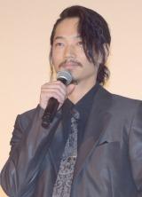 映画『怒り』の初日舞台あいさつに出席した綾野剛 (C)ORICON NewS inc.