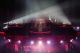 ステージは360度観客に囲まれ、2日で11万人を動員 写真:Taku Fujii/MIYAAKI Shingo