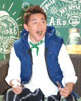 「ハンバーグ!」を披露した井戸田潤=『キリン ハードシードル』発売記念パーティ開会式 (C)ORICON NewS inc.