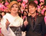 映画『何者』学生限定試写会に登壇した(左から)IKKO、佐藤健 (C)ORICON NewS inc.