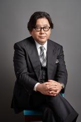 新たに劇団プロジェクトを立ち上げる秋元康氏