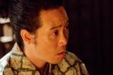 NHK大河ドラマ『真田丸』第3回より。書状を奪われたことが昌幸の策略だったと知って…(C)NHK