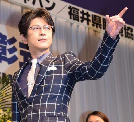 『第29回 日本 メガネ ベストドレッサー賞』表彰式に出席した及川光博 (C)ORICON NewS inc.