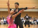 日本代表の座を手にした(左から)キンタロー。、ロペス(岸英明) (C)TBS
