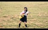 レプロ×ヤマハのコラボオーディション『黒髪ギター少女選手権』の告知ムービーに出演する北村優衣