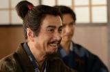 NHK大河ドラマ『真田丸』第4回より。家康と話す昌幸(C)NHK