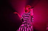 ツアーでは全国18ヵ所34公演に加え、熊本でファンクラブ限定公演も開催