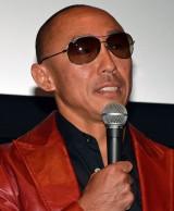 『よしもと新喜劇映画商店街戦争〜SUCHICO〜』舞台あいさつに登壇した武田幸三
