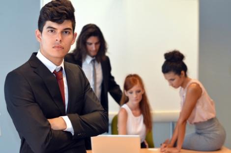 敬語の役割をもつ「would」の使い方を覚えて、ビジネスシーンに役立てよう