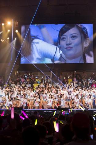 大組閣、上西恵卒業発表に揺れた『NMB48 6th Anniversary Live』初日(C)NMB48