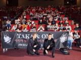 韓国で行われた映画『HiGH&LOW THE REDRAIN』プレミア上映会に出席した(左から)TAKAHIRO、登坂広臣