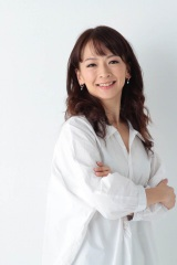 第1子妊娠を発表した吉沢梨絵