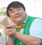 スマホゲーム『戦国炎舞−KIZUNA−』戦国握り飯配布キャンペーンイベントに登壇した彦摩呂 (C)ORICON NewS inc.