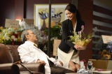 ドラマ『ドクターX〜外科医・大門未知子〜』で西田敏行のアドリブにくらいつく田中道子(C)テレビ朝日