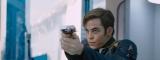 映画『スター・トレック BEYOND』でカーク船長を演じるクリス・パイン