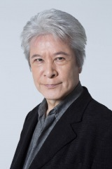 NHK『精霊の守り人』で平幹二朗さんの代役を務めることが決定した加賀丈史
