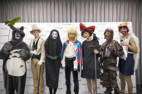 『PERFECT HALLOWEEN 2016』でジブリのキャラクターになりきった超特急(左からコーイチ、カイ、リョウガ、タクヤ、ユーキ、ユースケ、タカシ)