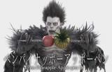 りんごが大好物のリュークがPPAPを踊った(C)大場つぐみ・小畑健/集英社(C)2016「DEATH NOTE」FILM PARTNERS(C)2016 by AVEX MUSIC PUBLISHING INC.