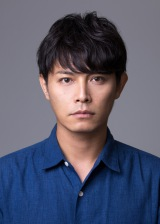 SMAPの草なぎ剛が主演する火曜9時ドラマ『嘘の戦争』に出演する姜暢雄