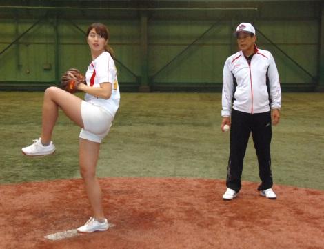 画像・写真 | 稲村亜美、始球式...