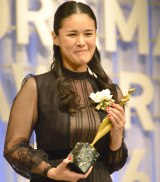 『東京ドラマアウォード2016』で主題歌賞を受賞した手嶌葵 (C)ORICON NewS inc.