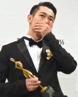 『東京ドラマアウォード2016』で助演男優賞を受賞したディーン・フジオカ (C)ORICON NewS inc.