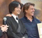 映画『ジャック・リーチャー NEVER GO BACK』の来日記者会見に出席した(左から)トム・クルーズ、池松壮亮 (C)ORICON NewS inc.